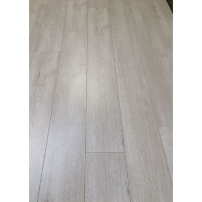 Artic Oak Laminate 12mm