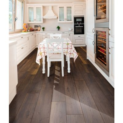 Colorado Walnut Waterproof Laminate 12mm