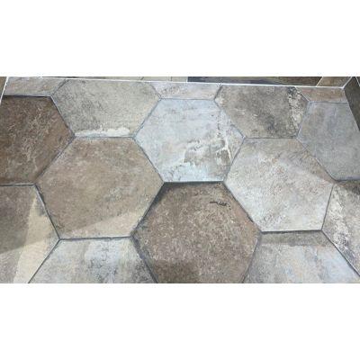 "Engelberg Summer Hexagon 16 x 16"""