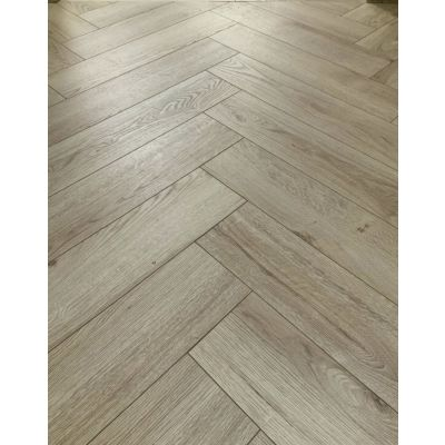 Le Harve Oak Herringbone Laminate 12mm