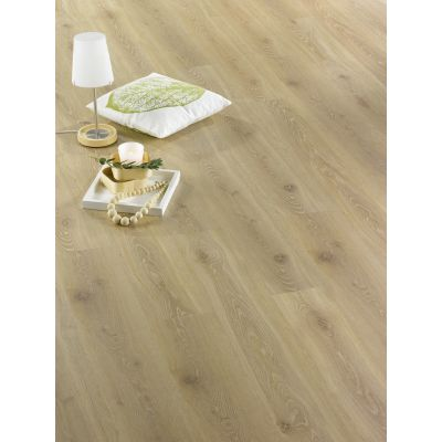 Nature Oak Laminate 8mm