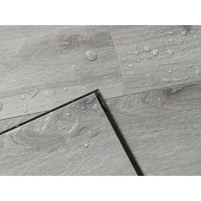 Pebble Grey Oak Laminate Waterproof 12mm
