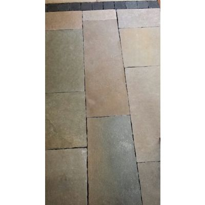 Yellow Brown Limestone 40 & 30cm Mix Calibrated